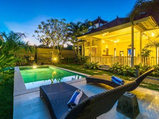 homey seminyak 3 bedrooms villa with private pool