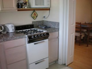 Palo Alto laidback 1 Bedroom, 1 Bathroom Apartment