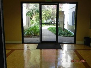 Studio In Commuter's Paradise - Newly Remodeled, Assigned Parking Included, San Bruno