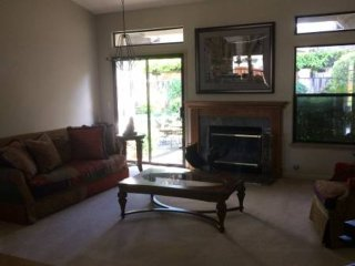 Lovely And Spacious 4 Bedroom / 2.5 Bath In A Cul-De-Sac, Attached Garage For 2 Cars, Walnut Creek