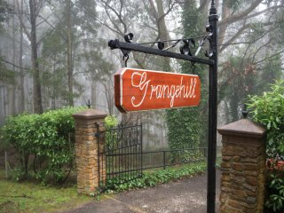 Grangehill Mount Macedon B&B sweeping views