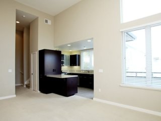 STYLISH AND REMARKABLY FURNISHED 1 BEDROOM APARTMENT IN PALO ALTO, Palo Alto