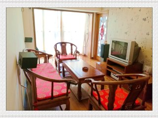 Central Located 2 BD Apartment for up to 6 persons, Chengdu
