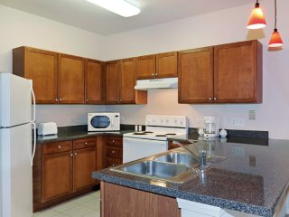 Furnished 1-Bedroom Apartment at S Highland Ave & Majestic Dr Lombard