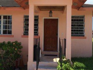 Guesthouse/Hostel, Nassau