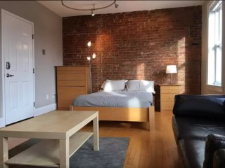 Simple yet Adorable Studio Apartment - Boston