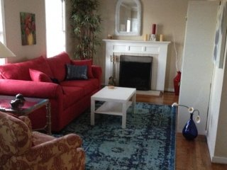 Furnished 2-Bedroom Duplex at S B St & 10th Ave San Mateo