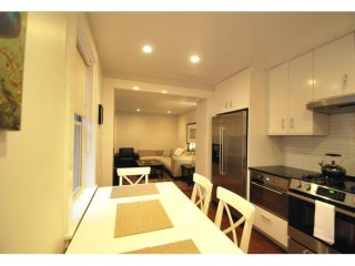 COMFORTABLE AND BEAUTIFULLY FURNISHED 2 BEDROOM, 2 BATHROOM APARTMENT, Boston