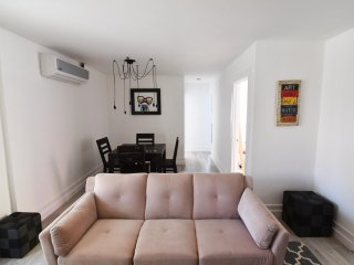 Furnished 1-Bedroom Apartment at Abbot Kinney Blvd & Andalusia Ave Los Angeles