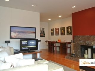 Furnished 1-Bedroom Condo at Webster St & Union St San Francisco