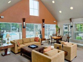 Homey 2 Bedroom, 2 Bathroom Apartment in Redwood City
