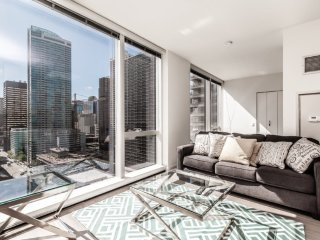 BEAUTIFULLY FURNISHED 1 BEDROOM LUXURY APARTMENT, Chicago