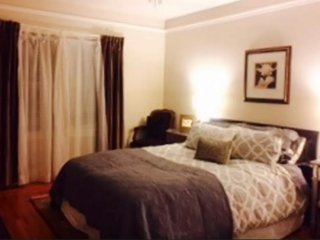 CHARMING AND BEAUTIFULLY FURNISHED 1 BEDROOM, 1 BATHROOM APARTMENT, Palo Alto