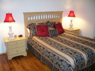 Furnished 3-Bedroom Apartment at W Armour St & 23rd Ave W Seattle