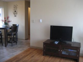 Sun-Filled 1 Bedroom Apartment - Seattle, Tukwila