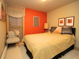 Furnished 2-Bedroom Apartment at Saturn St & Temple St San Francisco, Forest Knolls