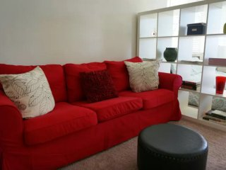 Furnished 1-Bedroom Apartment at Kelton Ave & Levering Ave Los Angeles