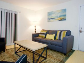 Spacious with Nice Layout - 1 Bedroom Apartment in Mountain View, Vue sur la montagne