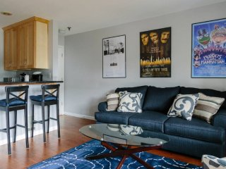 Furnished 2-Bedroom Condo at E Madison St & E Thomas St Seattle