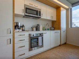 Ultra-Modern 1 Bedroom Apartment, Seattle