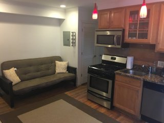 Furnished 1-Bedroom Condo at Hawaii Ave NE & 1st St NE Washington, Chillum