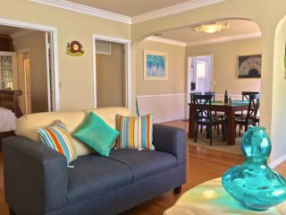 Furnished 2-Bedroom Home at New York Dr & N Harding Ave Altadena