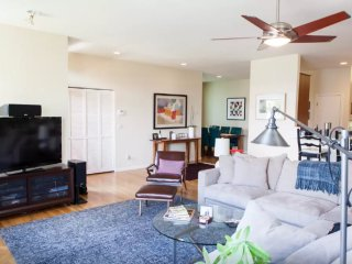 Furnished 2-Bedroom Condo at 16th St & Flint St San Francisco