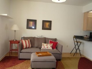 Furnished 3-Bedroom Apartment at Diamond St & Clipper St San Francisco, Forest Knolls