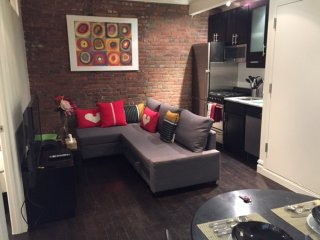 Furnished 2-Bedroom Apartment at Dyer Ave & W 36th St New York, New York City