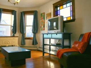 Furnished 2-Bedroom Apartment at Concord Ave & Griswold St Cambridge