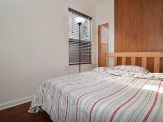 Furnished 1-Bedroom Apartment at 22nd Ave NE & NE 54th St Seattle