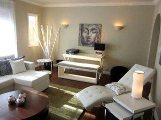 Furnished 2-Bedroom Condo at Divisadero St & North Point St San Francisco
