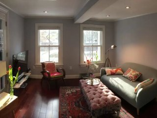 Furnished 2-Bedroom Condo at Willard St & Foster St Cambridge