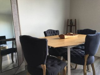 Furnished 1-Bedroom Apartment at E Pine St & Belmont Ave Seattle