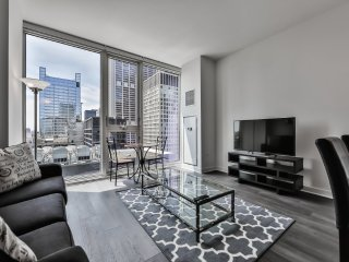 Furnished 1-Bedroom Apartment at W Randolph St & N State St Chicago