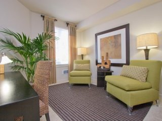 Furnished 2-Bedroom Apartment at Bay St & Ohlone Way Emeryville
