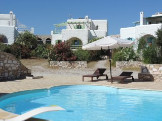 Villa Naxos for 8-10 people close to the sea, Naoussa