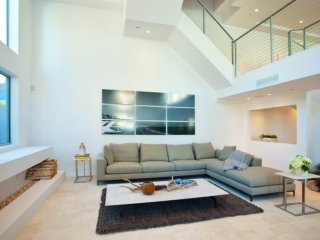 Furnished 3-Bedroom Apartment at Idaho Ave & 5th St Santa Monica, Santa Mónica