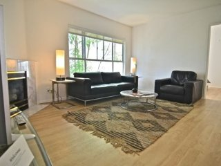 Furnished 2-Bedroom Apartment at Larrabee St & Betty Way West Hollywood