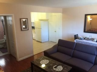 BEAUTIFUL AND NEWLY RENOVATED FURNISHED 1 BEDROOM 1 BATHROOM APARTMENT, Los Angeles