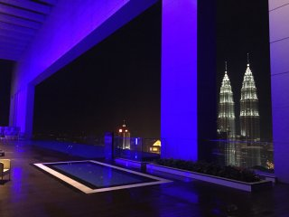 Luxury 2 Bedrooms Near KLCC 2.5mins walk to Train, Kuala Lumpur