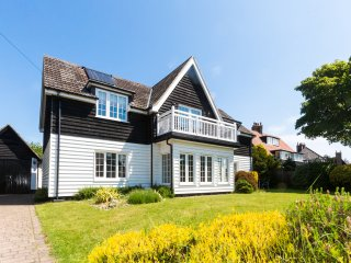 Lake Cottage close to Thorpeness Meare