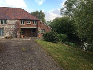 Peaceful self contained apartment in converted Mill close to the Purbeck Hills