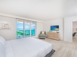 5 Star Condo Hotel 3/3 Full Oceanfront Unit 1019