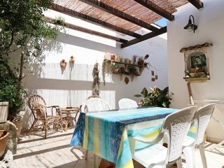 Holiday home on the ground floor in Salento in Puglia at Torre San Giovanni with