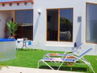 Nice one bedroom villa with pool and garden