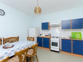 Apartments Mile - 85551-A1, Senj