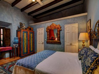Guest Suite with Private Bathroom, San Miguel de Allende