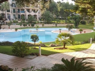 Beautiful ground floor apartment with sea view., Santa Ponsa