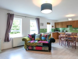No2. Moville Town Centre Superior Apartment